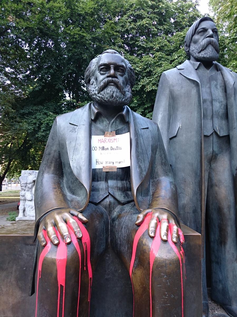 Marx-Engels-Forum, Berlin